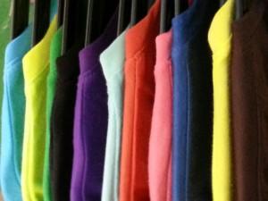 เสื้อเปล่าหลากสี